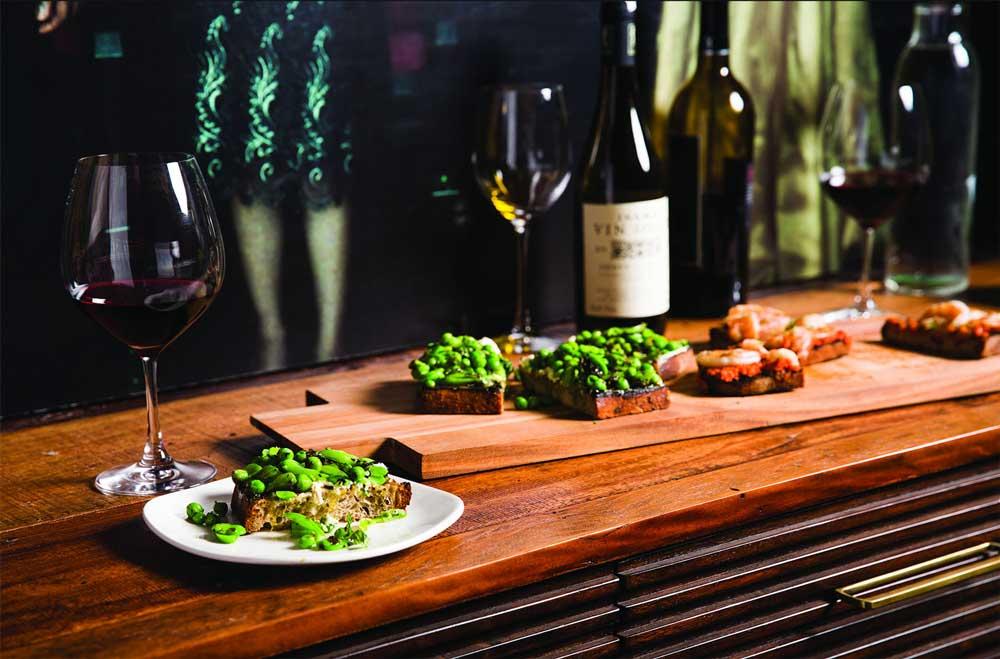 Restaurant bars zadovoljenje svih ula for Aria grill cuisine
